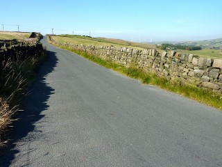FINAL CLIMB ALONG TODMORDEN EDGE